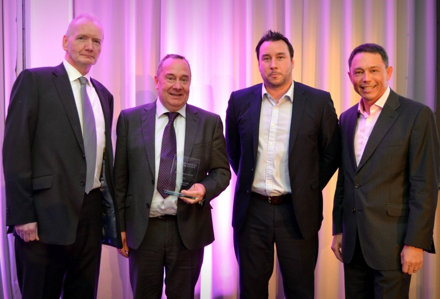 D2E are awarded with the 'Best Understanding BNPPRE culture' award
